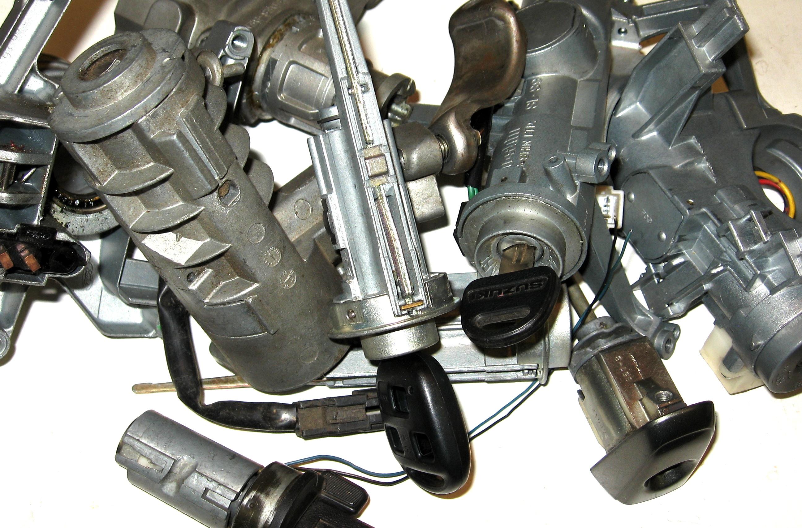 Форд фокус 2 замена замка зажигания и личинок 7 фотография